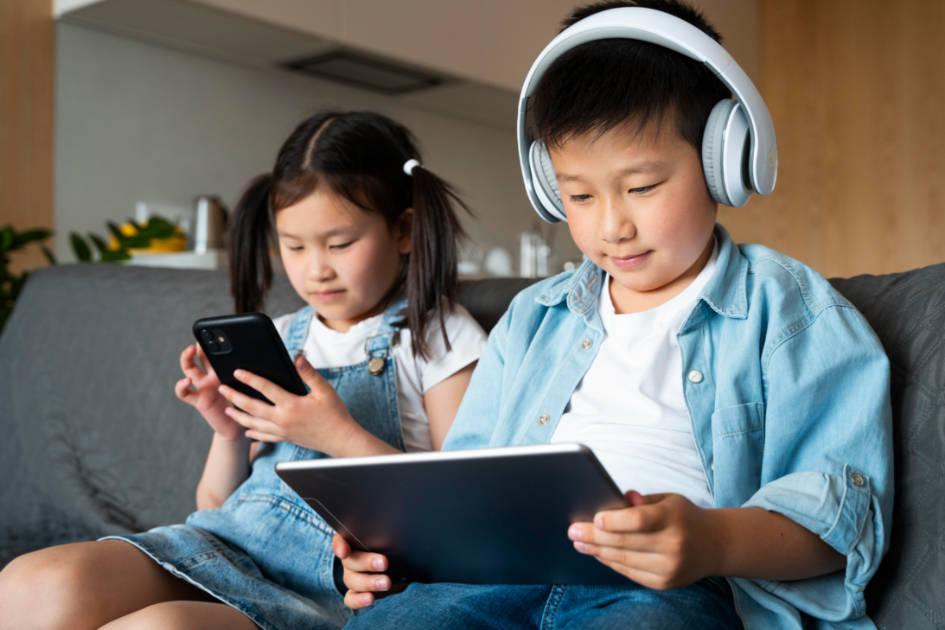 小学生の親必見! YouTubeの3つのリスクと対策方法